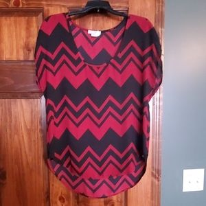 Black and red Chevron top